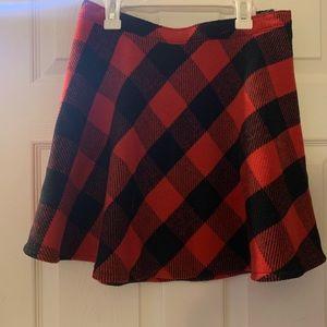 Hollister flannel skirt size med